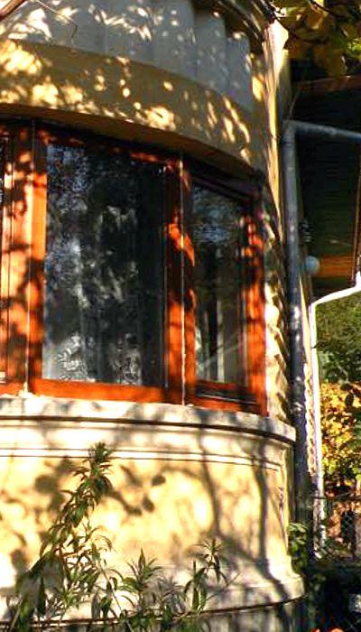Ferestre din lemn stratificat cu geam termopan
